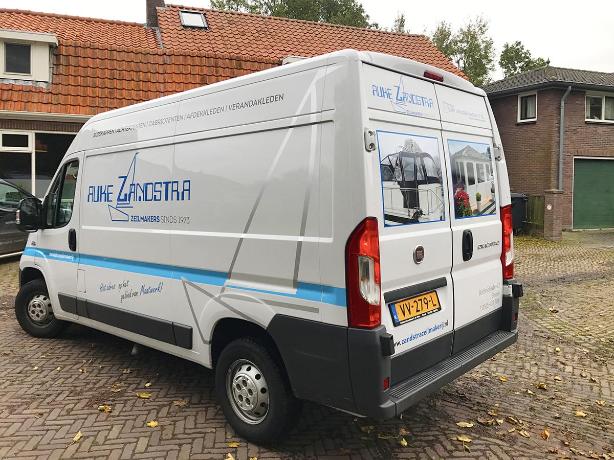 Auke Zandstra busbelettering