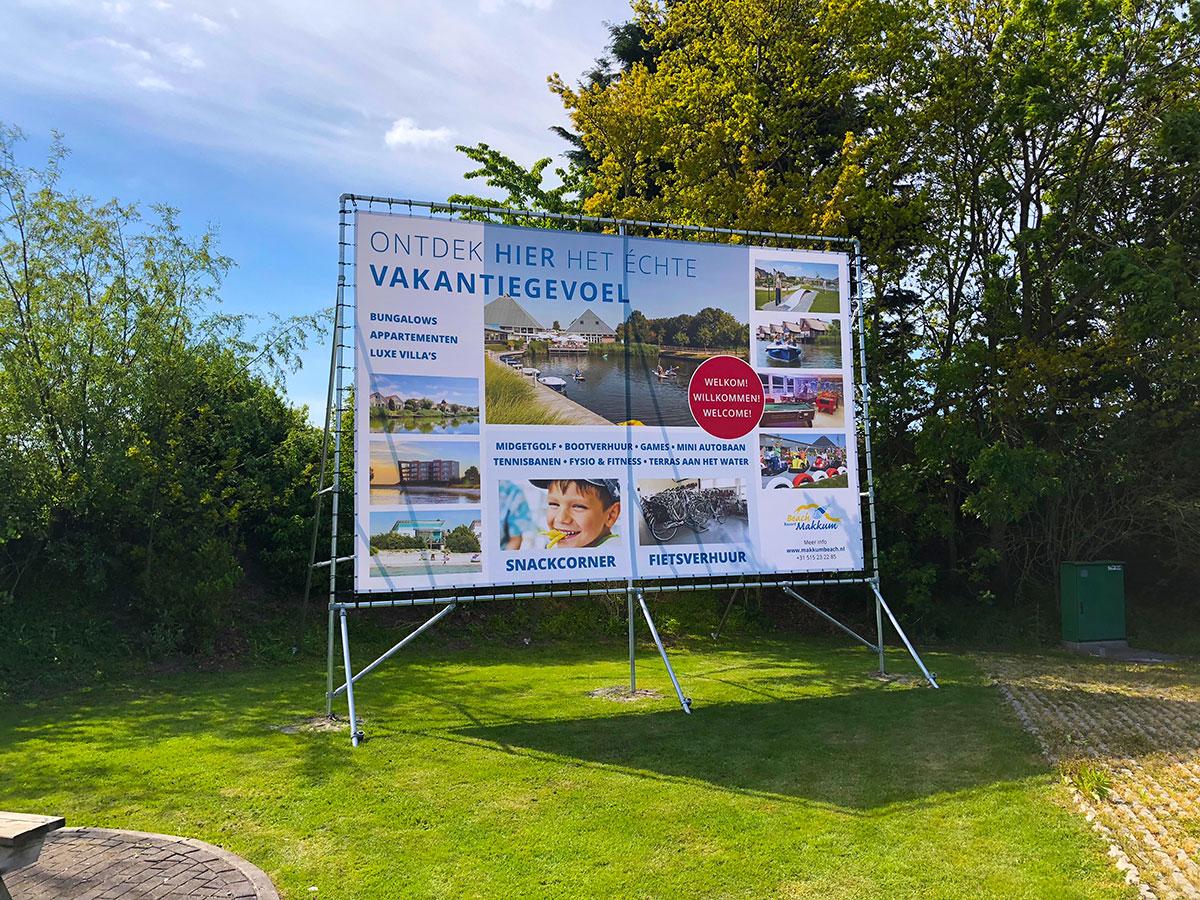 Bouwbord-Beachresort-Makkum